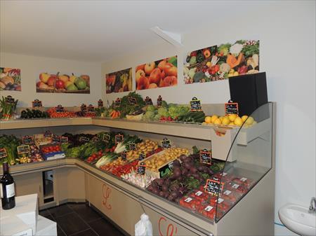 Quipement et agencement sup rettes piceries en aquitaine - Presentoir fruits et legumes ...