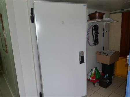 Chambre froide positive compl te avec labo 4500 77000 melun seine et marne ile de - Chambre froide industrielle prix ...