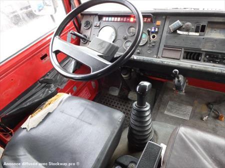 V hicule automoteur sp cialis incendie renault 85 150 ti for Garage vente voiture occasion bouches du rhone