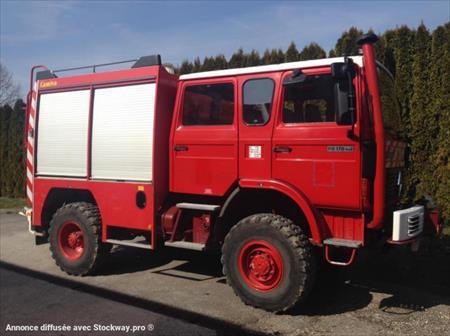 transport camions tracteurs routiers remorques poids lours en franche comte vente aux encheres. Black Bedroom Furniture Sets. Home Design Ideas