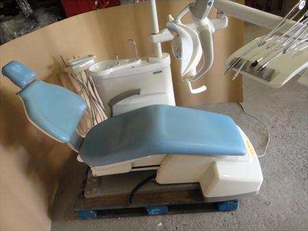 fauteuils dentiste ou orthodontiste en france belgique pays bas luxembourg suisse espagne. Black Bedroom Furniture Sets. Home Design Ideas