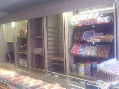 Agencement complet de boulangerie 6m00 vitrine 3000 for Achat materiel patisserie