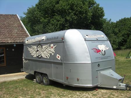remorque food truck demoulin 42000 25000 besan on. Black Bedroom Furniture Sets. Home Design Ideas