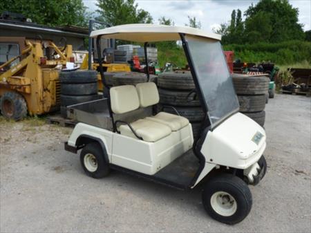 golf carts voiturettes de golf en france belgique pays bas luxembourg suisse espagne. Black Bedroom Furniture Sets. Home Design Ideas