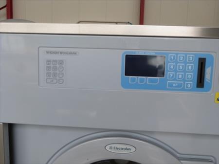machine laver industrielle electrolux w42402h woolmark. Black Bedroom Furniture Sets. Home Design Ideas