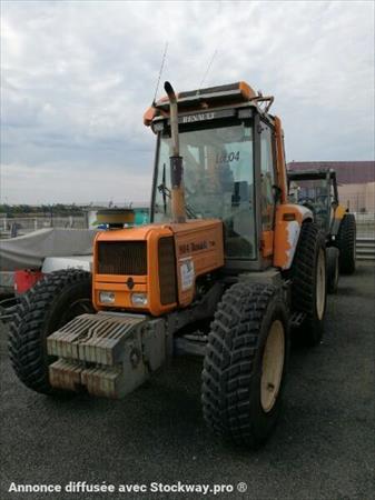 tracteur agricole renault 904 2750 17000 la. Black Bedroom Furniture Sets. Home Design Ideas