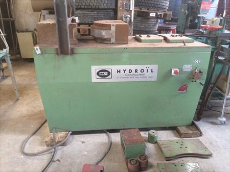 Presse hydraulique horizontale hydroil 2400 50340 for Presse agrume professionnel occasion