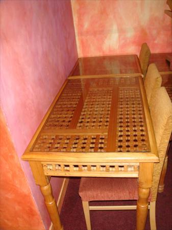Tables et chaises assortis salle bar restaurant en - Table de restaurant occasion a vendre ...