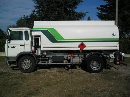 Camion porteur citerne renault 16000 38150 for 38150 roussillon