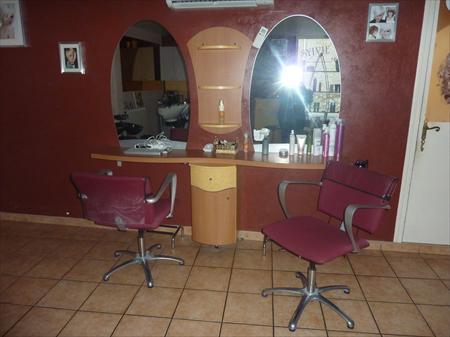 mobilier coiffure esth tique en languedoc roussillon occasion ou destockage toutes les. Black Bedroom Furniture Sets. Home Design Ideas