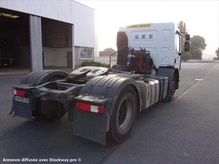 Tracteur routier 4x2 renault premium 76808 saint for Garage renault st etienne du rouvray