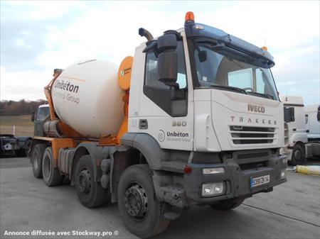 camion ptac 3 5 t b tonni re iveco trakker 78520 limay yvelines ile de france. Black Bedroom Furniture Sets. Home Design Ideas