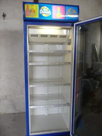 armoire vitrine frigo refregirateur orangina 360. Black Bedroom Furniture Sets. Home Design Ideas