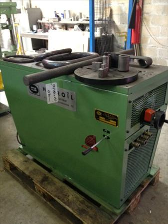 Presse hydraulique horizontale hydroil 10 tonnes 78420 for Presse agrume professionnel occasion