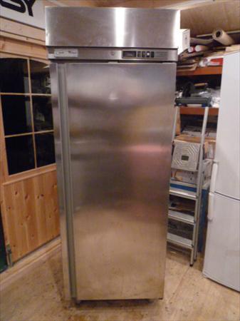 Avr14 vous propose ici ses meilleures offres - Congelateur armoire professionnel ...