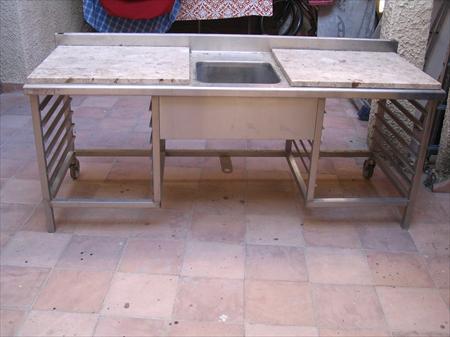 tables du chef inox en languedoc roussillon occasion ou destockage toutes les annonces pas cher. Black Bedroom Furniture Sets. Home Design Ideas