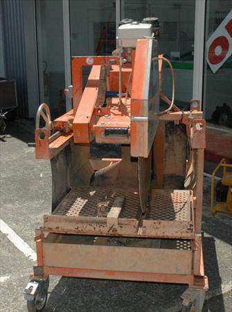 Scies carrelage mat riaux pierre scies eau en for Bretagne materiaux carrelage
