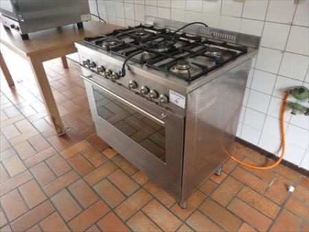 pianos de cuisson gaz professionnel en france belgique. Black Bedroom Furniture Sets. Home Design Ideas