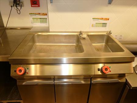 2 bac inox bain marie electrique 2 5 kw 5 kw desco for Materiel resto rapide