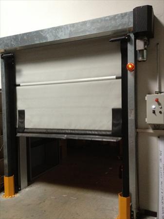 Porte industrielle automatique ouverture rapide 2500 - Porte automatique poulailler occasion ...