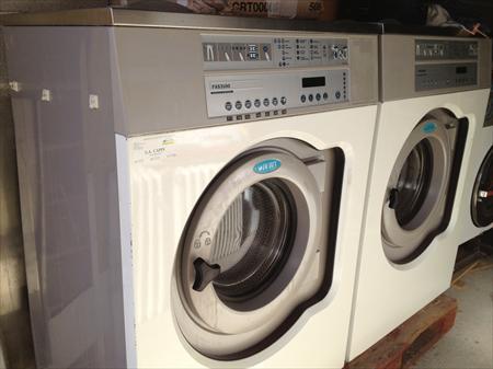 machine laver 11kg electrolux super essorage electrolux dubix 1800 31830 plaisance du. Black Bedroom Furniture Sets. Home Design Ideas