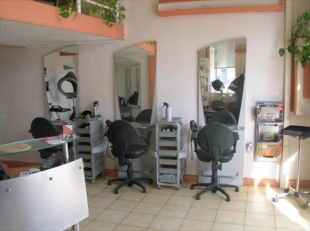 Salon de coiffure mixte 47000 34000 montpellier for Achat salon de coiffure