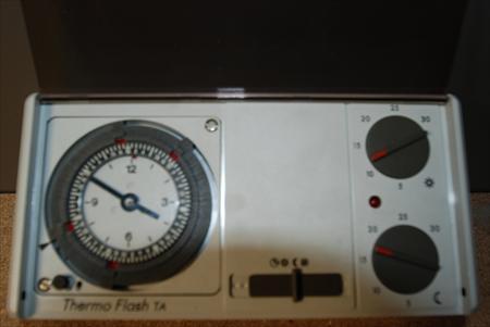 Thermostats d 39 ambiance en france belgique pays bas luxembourg suisse espagne italie maroc for Thermostat d ambiance saint denis