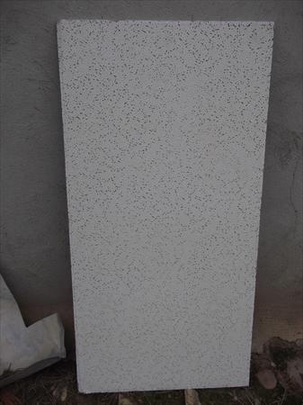 Plafond suspendu 2000 81600 gaillac tarn midi for Materiel plafond suspendu