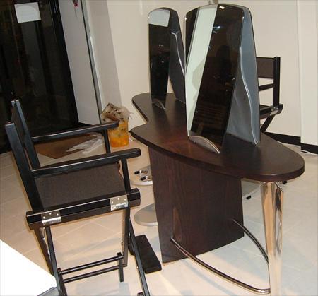comptoirs banques accueil coiffure esth tique manucure en ile de france occasion ou destockage. Black Bedroom Furniture Sets. Home Design Ideas