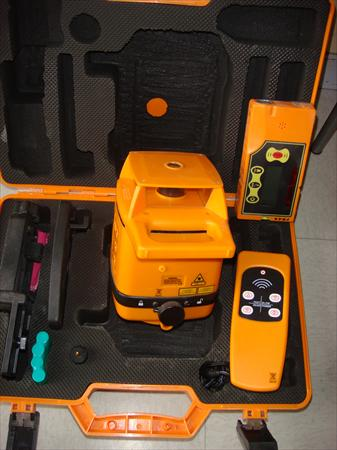 Mat riels de plaquiste en rhone alpes occasion ou destockage toutes les ann - Niveau laser rotatif automatique ...