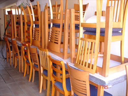 Tables et chaises assortis salles bar restaurant en france belgique pays bas luxembourg - Chaise de restaurant a vendre ...