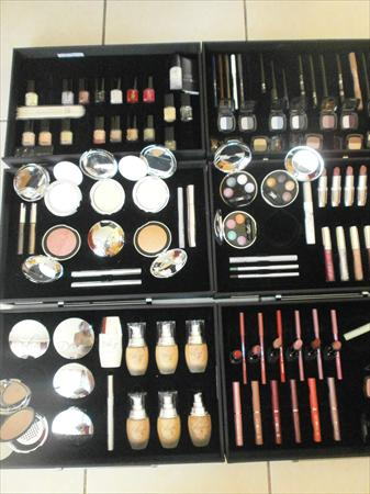 LR Deluxe maquillage