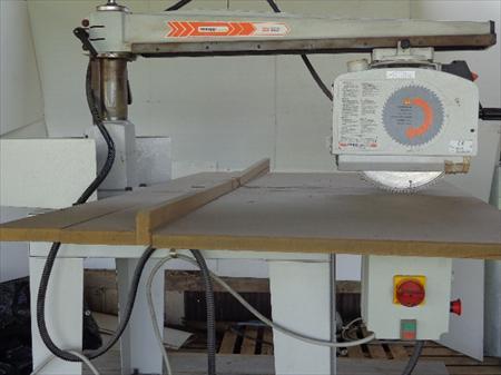 scies onglet radiales machine de menuiserie en bretagne ventes occasion ou destockage toutes. Black Bedroom Furniture Sets. Home Design Ideas
