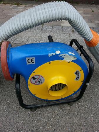 Aspirateur q vac liner piscine 250 67640 for Aspirateur liner piscine