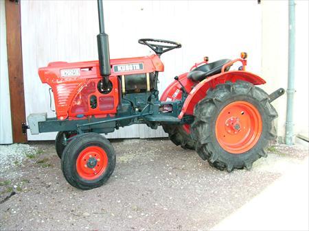 micro tracteur kubota b7001 4200 17530 arvert. Black Bedroom Furniture Sets. Home Design Ideas