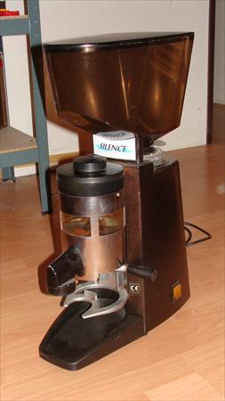 moulin caf professionnel santos 150 38480. Black Bedroom Furniture Sets. Home Design Ideas
