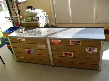 comptoirs accueil emballage fleuriste en france belgique pays bas luxembourg suisse espagne. Black Bedroom Furniture Sets. Home Design Ideas