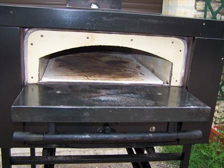 four pizza gaz morice 1100 14270 mezidon canon calvados basse normandie annonces. Black Bedroom Furniture Sets. Home Design Ideas