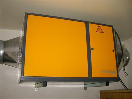 hottes aspirantes caissons ventilation pro en languedoc roussillon occasion ou destockage. Black Bedroom Furniture Sets. Home Design Ideas