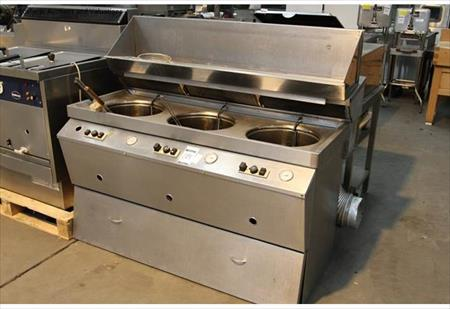 le bon coin friteuse professionnelle occasion po le cuisine inox. Black Bedroom Furniture Sets. Home Design Ideas