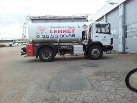 camion citerne 10000 litres mercedes 10000 76600 le havre seine maritime haute. Black Bedroom Furniture Sets. Home Design Ideas