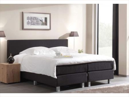 boxspring 140x200 couette et coussins 585. Black Bedroom Furniture Sets. Home Design Ideas