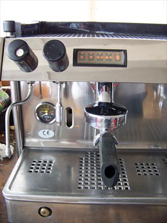 machine a caf pro refait neuf futurmat ariete 3. Black Bedroom Furniture Sets. Home Design Ideas