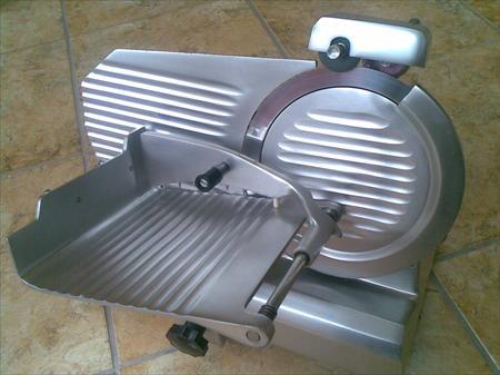Trancheuse a jambon metro po le cuisine inox - Machine a couper le jambon manuelle ...