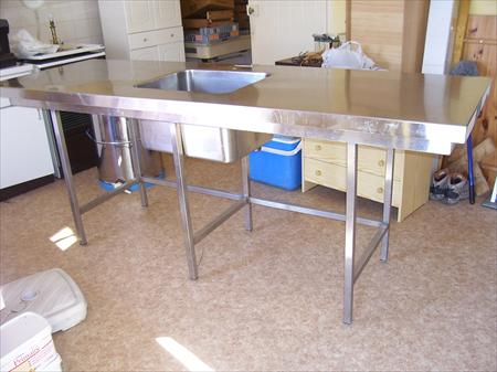 Table Inox Avec Evier Integre A 250 69870 St Nizier D