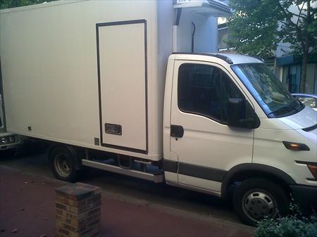 camion frigorifique 35c12 iveco 35c12 16500 75018 paris 18eme arrondissement paris ile. Black Bedroom Furniture Sets. Home Design Ideas