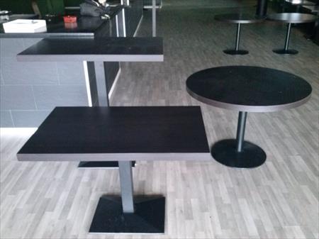 TABLES CHAISES BANQUETTES MANGE DEBOUTS TABOURETS