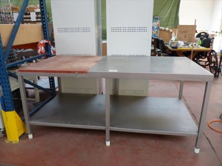 table de boucherie en inox et ertalon 50 li ge nord pas de calais annonces achat. Black Bedroom Furniture Sets. Home Design Ideas