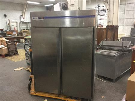 frigo refrigerateur inox 2 portes 1323 litres lufri 900 13010 marseille bouches du. Black Bedroom Furniture Sets. Home Design Ideas