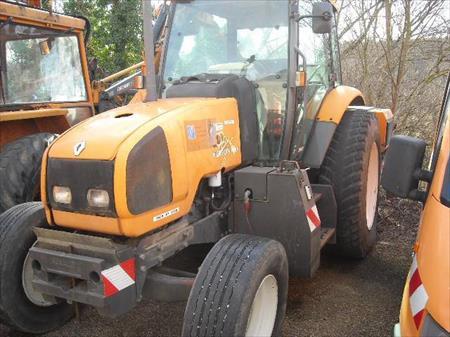 tracteur agricole renault ergos 100 4961 25 75011 paris paris ile de france annonces. Black Bedroom Furniture Sets. Home Design Ideas